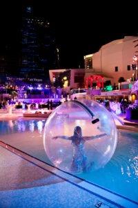 Las Vegas trade show photography by Henri Sagalow.